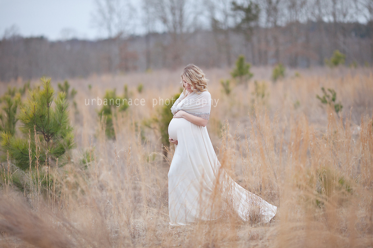 Maternity Photographer in Atlanta Field Session